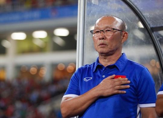 Tuyển thủ Việt Nam đứng đầu danh sách ứng cử đội hình tiêu biểu - Ảnh 1.
