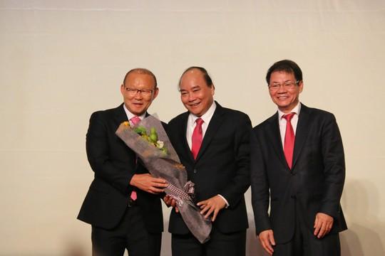 HLV Park Hang-seo tặng 100.000 USD tiền thưởng cho trẻ em nghèo, bóng đá trẻ - Ảnh 5.