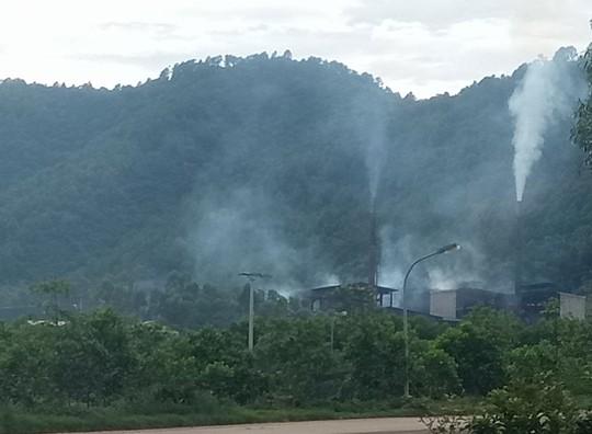 Dự án chậm, dân khổ vì ô nhiễm - Ảnh 1.