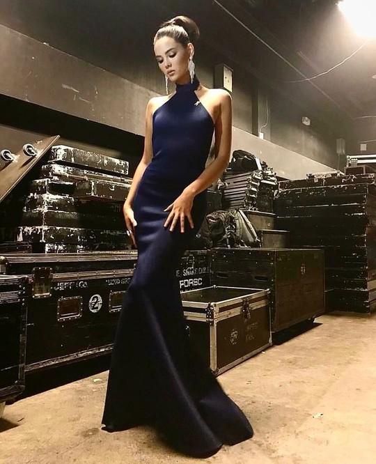 Cận cảnh nhan sắc tân Hoa hậu Hoàn vũ Thế giới - Ảnh 16.
