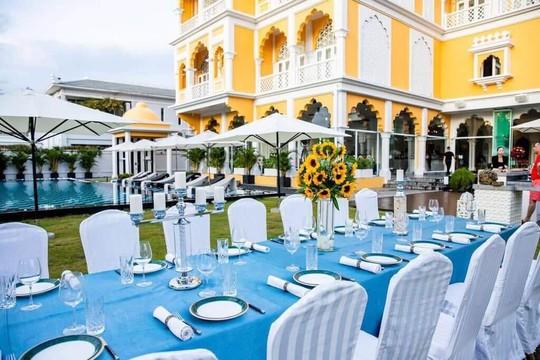 Thực hư việc Khaisilk bán đứt lâu đài Tajmasago và nhà hàng Cham Charm - Ảnh 2.