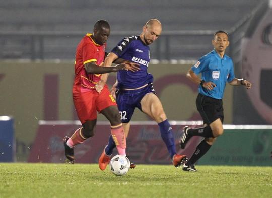 BTV Cup Number 1: Chỉ còn các đội bóng trong nước  - Ảnh 1.
