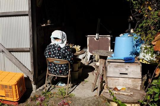 """""""Rùng mình"""" với ngôi làng làm búp bê thế chỗ người chết ở Nhật - Ảnh 3."""