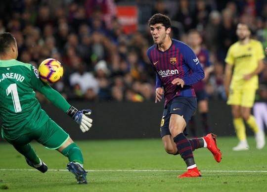 Nhấn chìm Tàu ngầm vàng, Barcelona tái chiếm ngôi đầu La Liga - Ảnh 5.