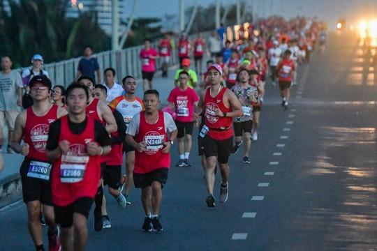 Giải Marathon quốc tế TP HCM Techcombank 2018: Kỷ lục, ấn tượng - Ảnh 2.