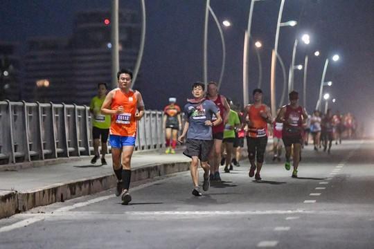 Giải Marathon quốc tế TP HCM Techcombank 2018: Kỷ lục, ấn tượng - Ảnh 3.