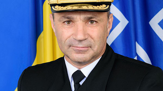 Đô đốc Ukraine muốn ngồi tù thay các thủy thủ bị Nga bắt - Ảnh 1.
