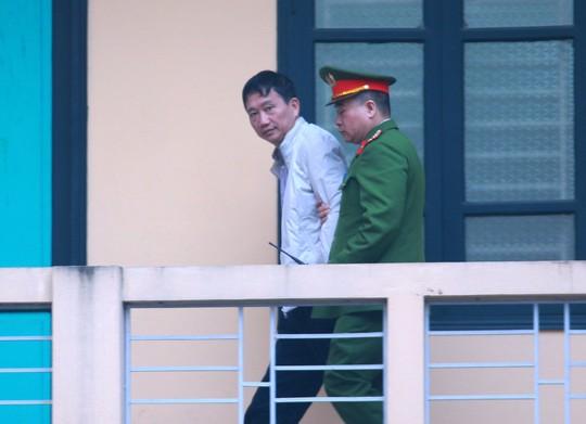 Ngày mai 24-1, em trai ông Đinh La Thăng, Trịnh Xuân Thanh hầu tòa - Ảnh 1.
