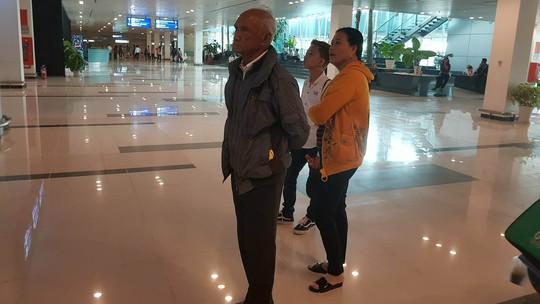 Gia đình xúc động đón cô dâu Việt từ Đài Loan về quê ăn Tết - Ảnh 6.