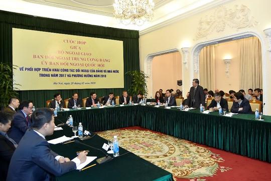 Phó Thủ tướng yêu cầu nâng chất dự báo chiến lược diễn biến ở Biển Đông - Ảnh 1.