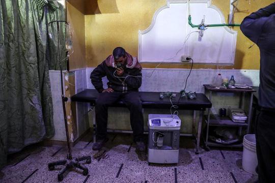 Nghi vấn Triều Tiên hỗ trợ Syria sản xuất vũ khí hóa học - Ảnh 1.