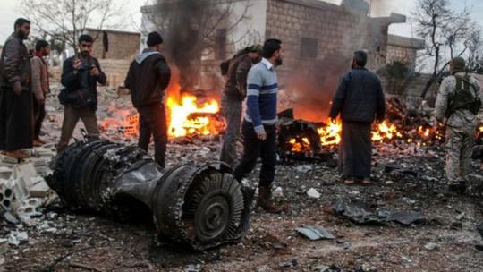 Bị bắn hạ máy bay ở Syria, Nga tung vũ khí khủng trả đũa - Ảnh 1.