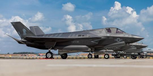 Mỹ làm mọi cách thuyết phục Đông Nam Á mua vũ khí - Ảnh 1.