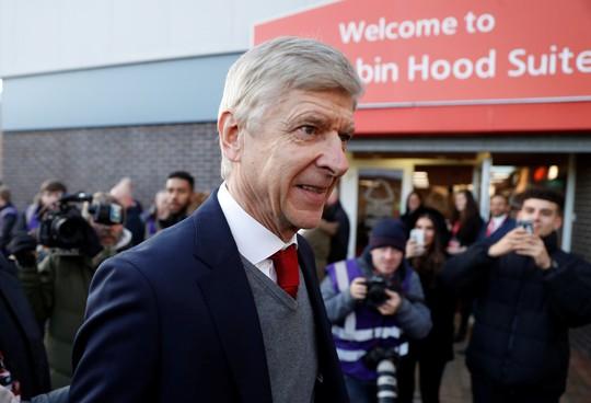 HLV Wenger cương quyết không rời Arsenal - ảnh 2