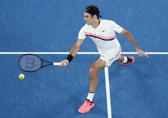 Nadal chính thức giành vé vào tứ kết, Djokovic và Federer vẫn bám đuổi - Ảnh 5.