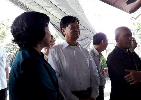 Nguyên Thủ tướng Nguyễn Tấn Dũng tham gia chuẩn bị lễ tang cố Thủ tướng Phan Văn Khải - Ảnh 2.