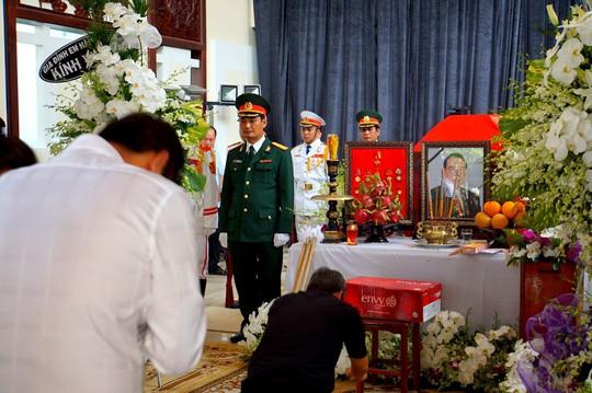 Nguyên Thủ tướng Nguyễn Tấn Dũng tham gia chuẩn bị lễ tang cố Thủ tướng Phan Văn Khải - Ảnh 9.