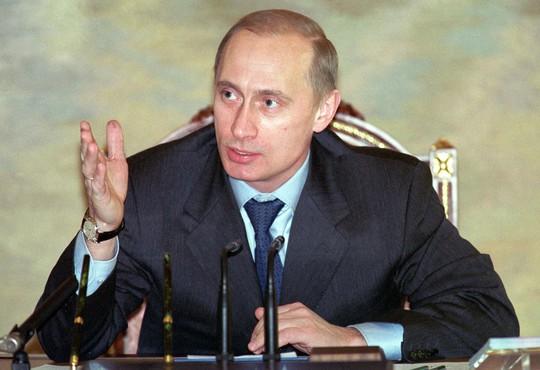 Nhìn lại Tổng thống Putin sau gần 2 thập kỷ nắm quyền - Ảnh 4.