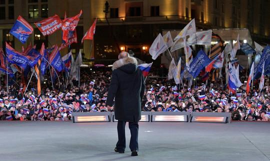 Bầu cử Nga: Tổng thống Putin thắng áp đảo - Ảnh 2.