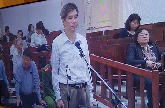 Cách ly ông Đinh La Thăng khi xét hỏi bị cáo khác - Ảnh 1.