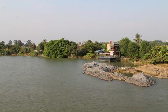 Lại lấp, lấn sông Đồng Nai - Ảnh 3.