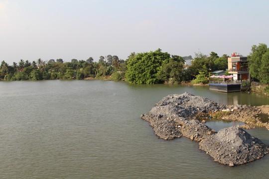 Vụ sông Đồng Nai lại bị lấp, lấn: Tiến hành đo đạc hiện trường - Ảnh 1.