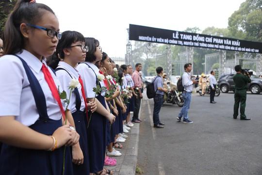 Cố Thủ tướng Phan Văn Khải đang trên đường về đất mẹ - Ảnh 34.
