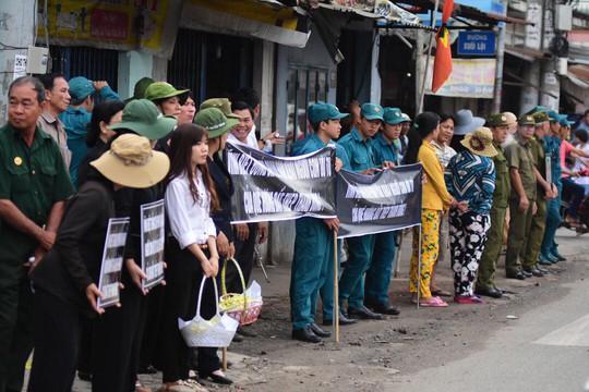 Cố Thủ tướng Phan Văn Khải đang trên đường về đất mẹ - Ảnh 2.