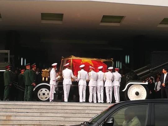 Cố Thủ tướng Phan Văn Khải đang trên đường về đất mẹ - Ảnh 24.