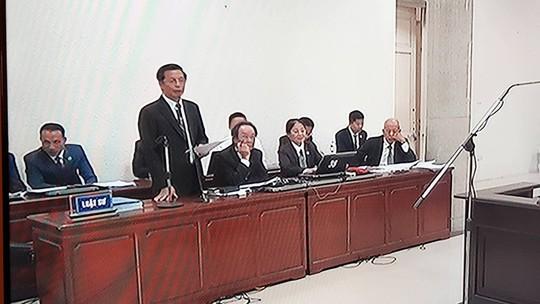 Phải chịu án tử, bị cáo Nguyễn Xuân Sơn mong Ninh Văn Quỳnh hiểu cho em - Ảnh 1.