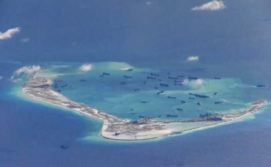 Trung Quốc tập trận trên biển Đông, ngang nhiên nói chuẩn bị chiến tranh - Ảnh 1.