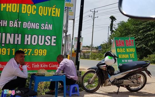 Dân Phú Quốc kể chuyện giá đất tăng như vàng, mua 800 triệu bán 18 tỉ - Ảnh 1.
