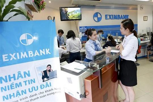 Eximbank chưa thể xác định ảnh hưởng tài chính từ hai vụ mất tiền - Ảnh 1.