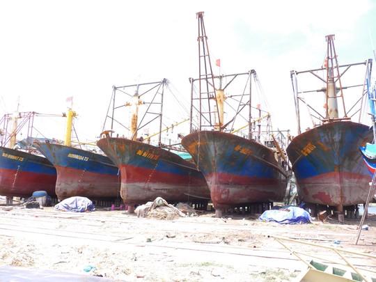 Tàu vỏ thép hư hỏng: Hỗ trợ ngư dân kiện ra tòa - Ảnh 1.