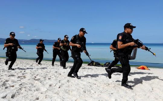 Căng thẳng lệnh cấm đảo Boracay - Ảnh 1.