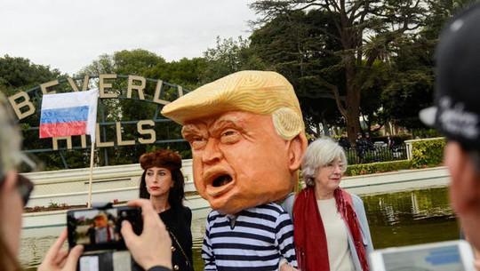 Chính quyền ông Trump và bang California lại hục hặc - Ảnh 1.