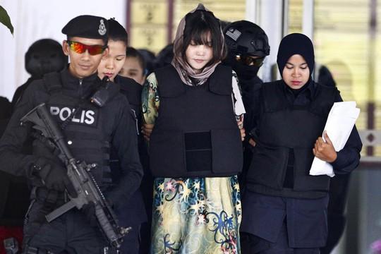 Phiên tòa xử Đoàn Thị Hương vào giai đoạn cuối - Ảnh 1.
