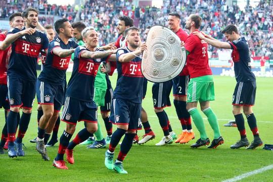 Bayern Munich lần thứ 6 liên tiếp vô địch Bundesliga - Ảnh 2.