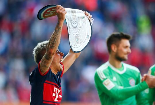 Bayern Munich lần thứ 6 liên tiếp vô địch Bundesliga - Ảnh 3.