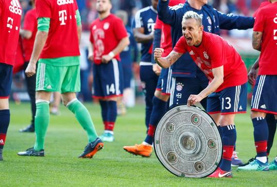 Bayern Munich lần thứ 6 liên tiếp vô địch Bundesliga - Ảnh 4.