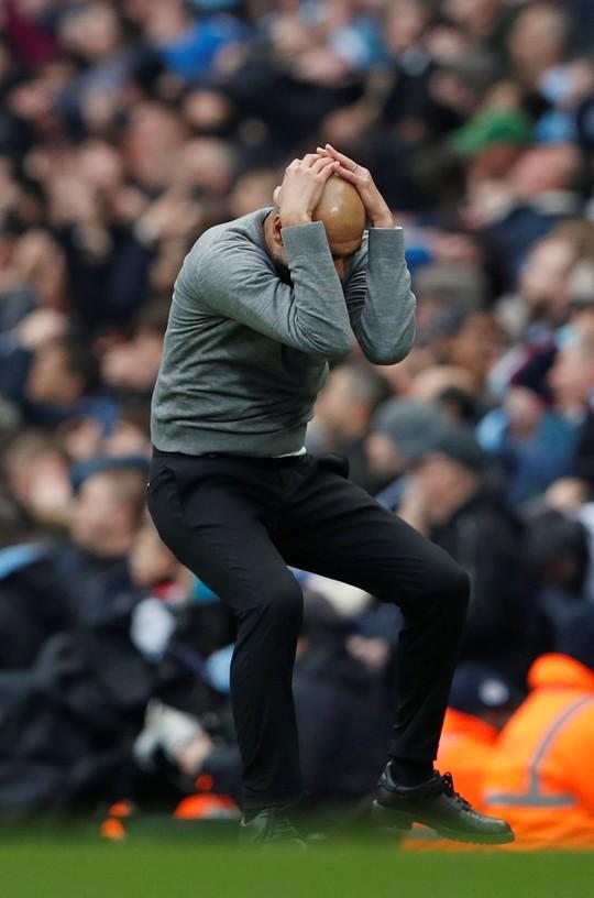 HLV Guardiola đau buồn sau trận thua ngược M.U  - Ảnh 3.