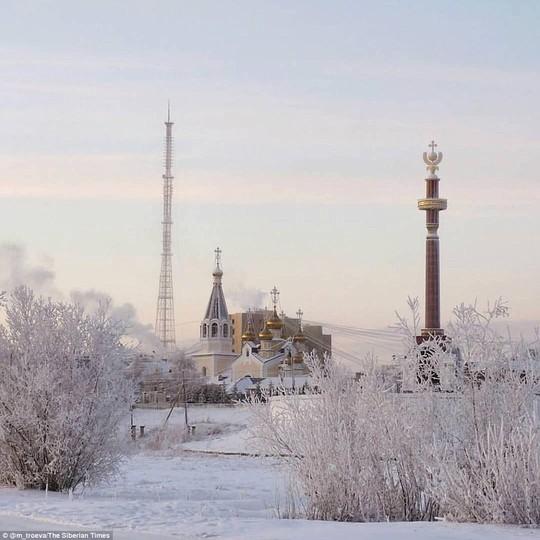 Ở ngôi làng Cực lạnh: Lạnh tới nỗi nhiệt kế đột quỵ - Ảnh 4.