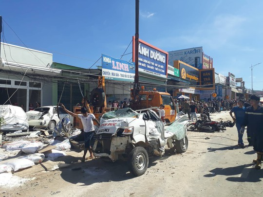 Vụ tai nạn thảm khốc khiến 5 người chết, xe tải không mất thắng - Ảnh 2.
