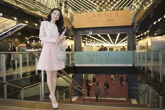 Nhã Phương duyên dáng ở Cannes, được ngợi khen - Ảnh 3.