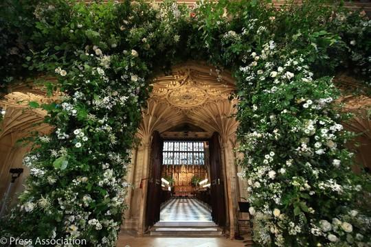 Những khoảnh khắc khó quên của đám cưới hoàng gia Anh - Ảnh 1.