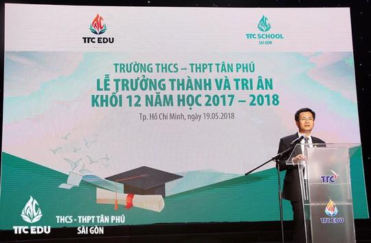Lễ tri ân và trưởng thành của học sinh trường THCS - THPT Tân Phú - Ảnh 1.