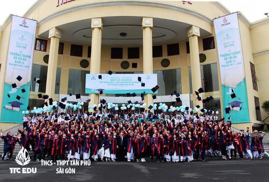Lễ tri ân và trưởng thành của học sinh trường THCS - THPT Tân Phú - Ảnh 4.