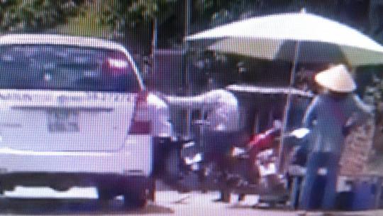 """Tài xế taxi đánh nhau với """"luật gia"""" ở Phú Quốc lên tiếng - Ảnh 5."""