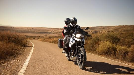 THACO công bố giá mới cho loạt mô tô phân khối lớn BMW Motorrad - Ảnh 3.