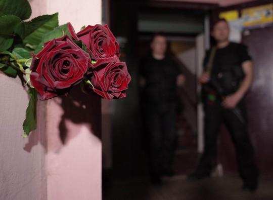 Nhà báo Nga bị bắn chết ở Ukraine bất ngờ... còn sống - Ảnh 2.